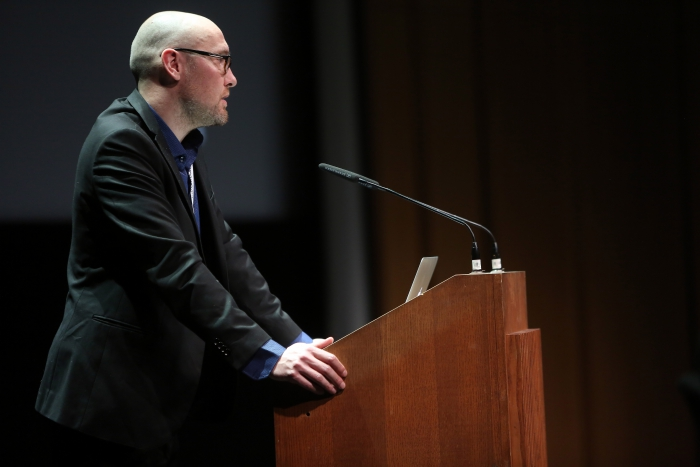 "Jussi Parikka introducing ""Becoming Infrastructural – Becoming Environmental"", transmediale 2017"