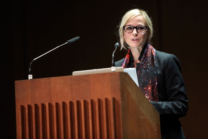 "Lisa Parks at ""Becoming Infrastructural – Becoming Environmental"", transmediale 2017 ever elusive."